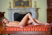 http://img200.imagevenue.com/loc12/th_158542187_MetArt_Tmena_Barbara_D_medium_0034_123_12lo.jpg
