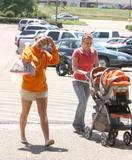 Jamie Lynn Spears - shopping at the Edgewood Mall in McComb (April 29, 2008)