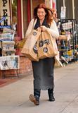 Элисон Хэнигэн, фото 1280. Alyson Hannigan goes grocery shopping in LA, january 14, foto 1280