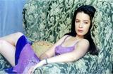 Vidcaps I made of Holly Marie Combs from Charmed Season 5:A Witch's Tail Foto 52 (Vidcaps я сделал Холли Мари Комбс из Зачарованные Сезон 5: Хвост Ведьмы Фото 52)