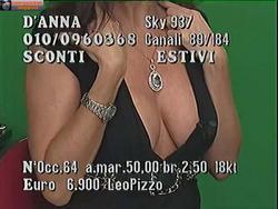 [IMG]http://img200.imagevenue.com/loc533/th_007487345_tduid300077_Joanna_Golabek_27_07_201305copia_122_533lo.jpg[/IMG]