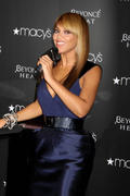http://img200.imagevenue.com/loc540/th_27146_s-bk-promotes-beyonce-heat-at-macys-in-nyc-20100203-61_122_540lo.jpg